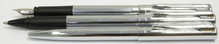 WA517 Waterman Graduate Fuontain Pen Rollerball and Ballpoint Set, boxed.  (Fine)